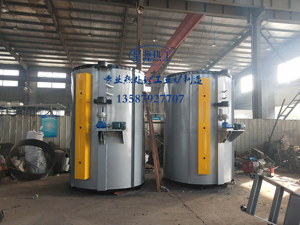 Well type annealing furnace, tempering furnace
